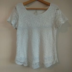 Leo & Nicole White Lace Short Sleeve Top Size M